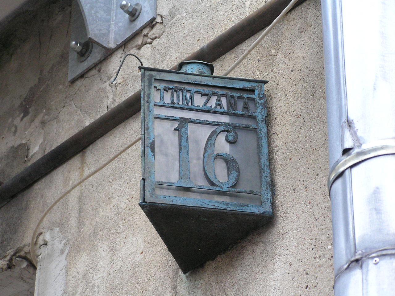 Latarenka adresowa - Zana 16