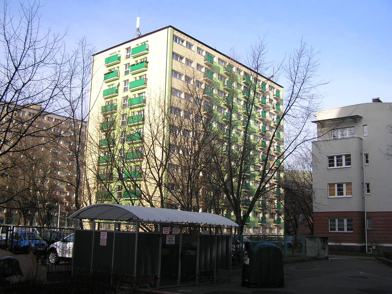 Blok przy ulicy Kobielskiej 7 na Grochowie