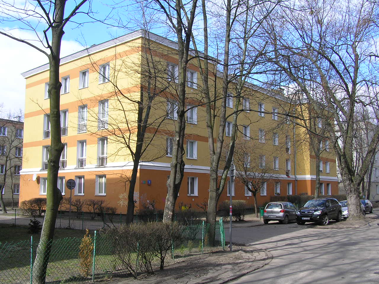 Budynek przy ulicy Rębkowskiej 11 na Grochowie