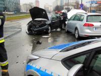 Zderzenie dwóch samochodów osobowych na al. Stanów Zjednoczonych, fot.  asp. Dariusz Olszewski