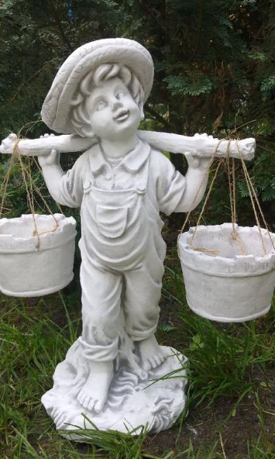 TRALKI BETONOWE - Figury ogrodowe, Fontanny, Wazon